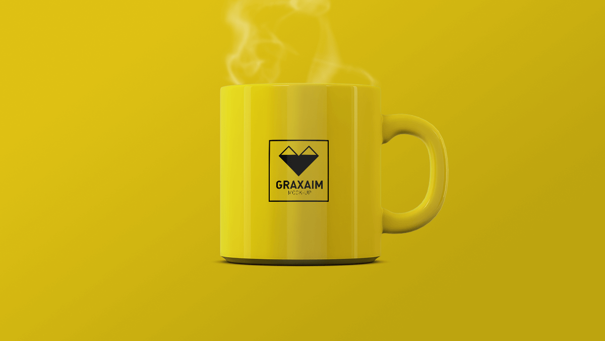 Free Steamy Mug Mockup