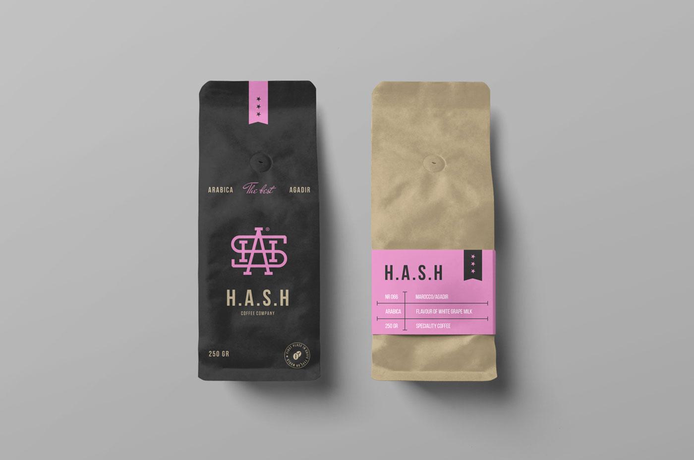 Free Coffee Bags Mockup PSD