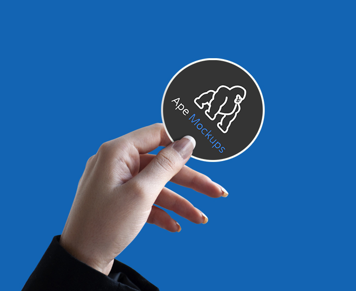 Free-Logo-&-Sticker-Mockup-psd